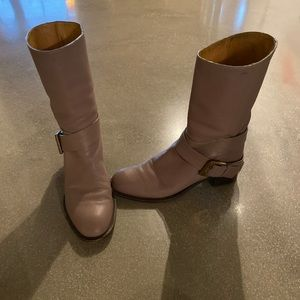 Chloe round tie leather boot